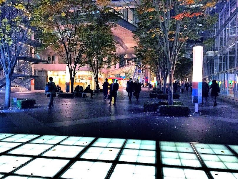 ネオ屋台/東京国際フォーラム/Tokyo International Forum/東京観光タクシー