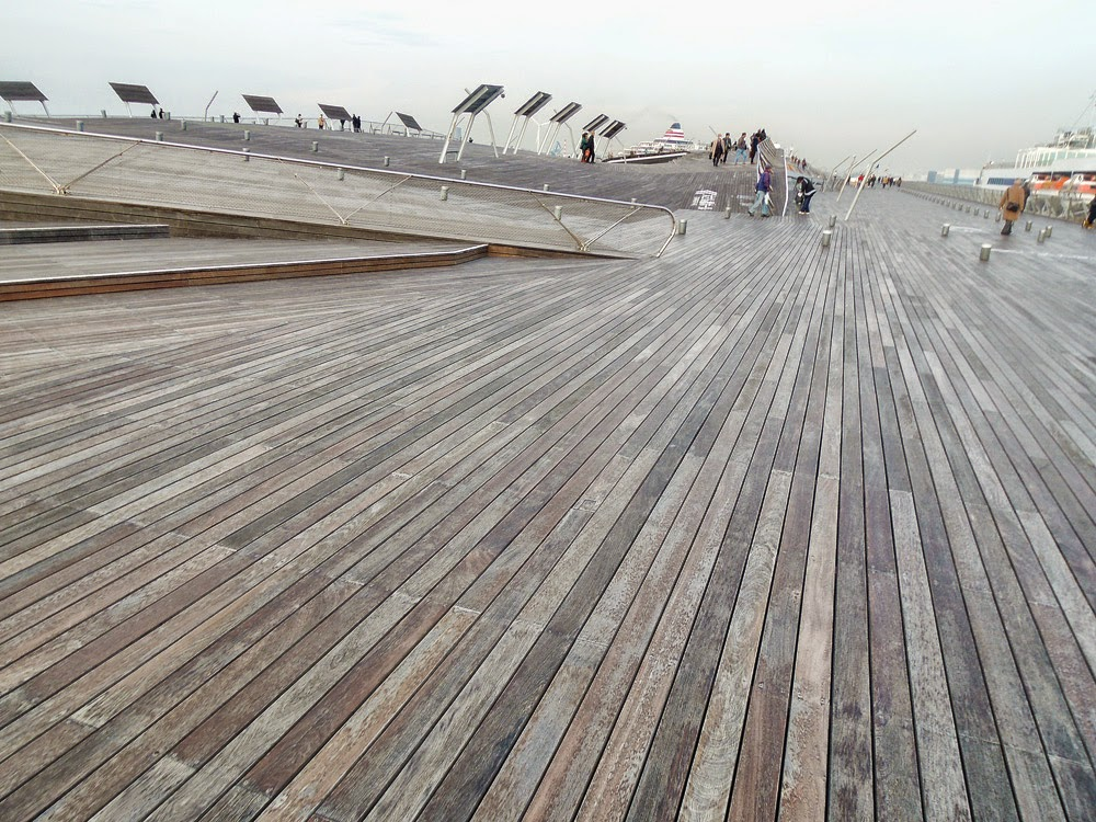 横浜観光【横浜】大さん橋 Yokohama Osanbashi Pier